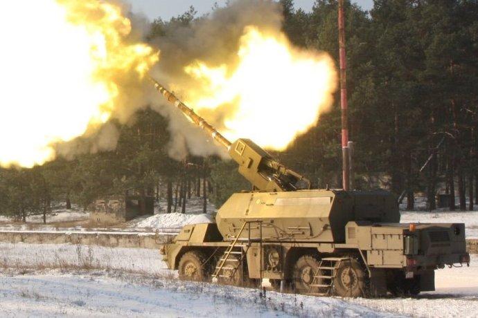 Samohybné húfnice Zuzana 2 vyvinuli štátne zbrojovky združené pod DMD Holding. Zatiaľ si ich objednala len slovenská armáda. Foto - Konštrukta Defence