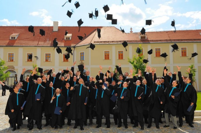 Na Fakulte informačných technológií Vysokého účení technického už dnes študuje štvrtina študentov zo Slovenska. Ilustračné foto - VUT