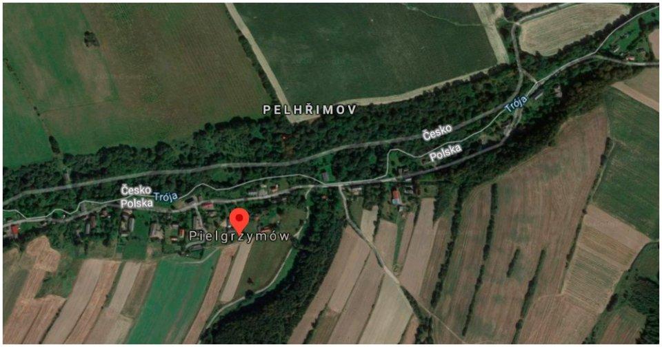 Na jednej strane hranice je Pielgrzymów, na druhej Pelhřimovy. Zdroj - Google Maps