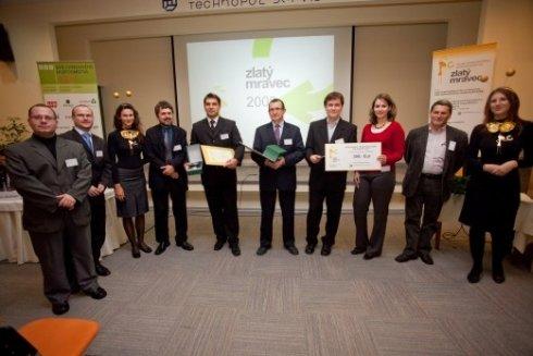 Preberanie cien Zlatý mravec 2009 - cena odpadového hospodárstva (zdroj: zlatymravec.sk)