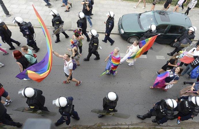 Pochod za práva LGBT menšín v Poľsku. Ilustračné foto: TASR/AP