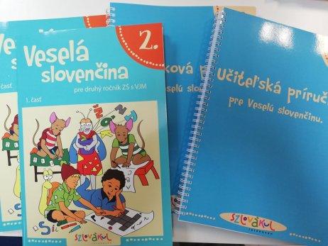 Učebnice Adriany Bakošovej. Foto – Zoltán Szalay
