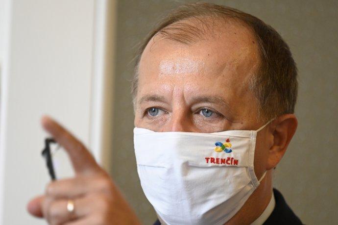 Primátor Trenčína a prezident Únie miest Slovenska Richard Rybníček. Foto - TASR