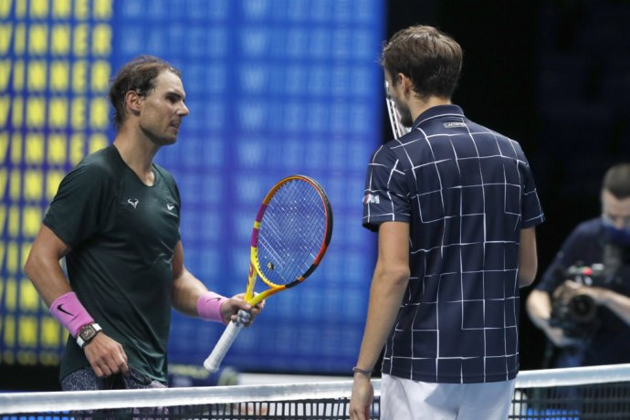 Rafael Nadal a Daniil Medvedev. Foto - TASR/AP