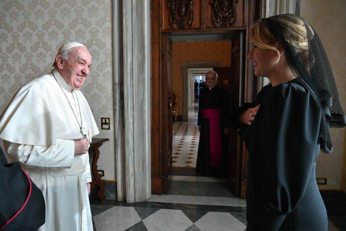 Prezidentka Čaputová sa vo Vatikáne stretla s pápežom Františkom. Foto - TASR