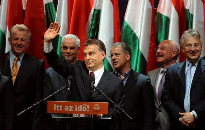Maďarský premiér Viktor Orbán po volebnom víťazstve v roku 2010. Foto - TASR