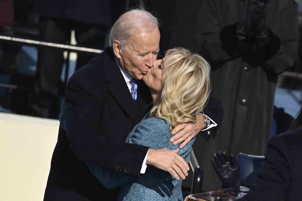 Joe Biden s manželkou. Foto - ap/tasr