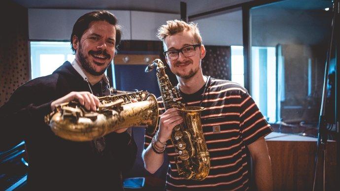 Nikola Bankov (vpravo) a Seamus Blake v pauze pri nahrávaní. Foto - archív N. B.