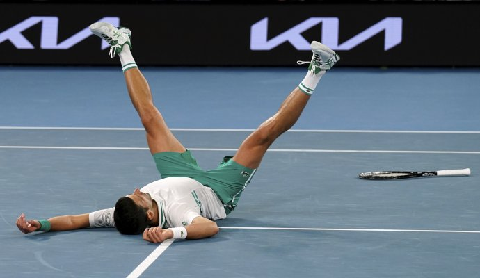 Djokovićova radosť z osemnásteho titulu. Foto – TASR/AP
