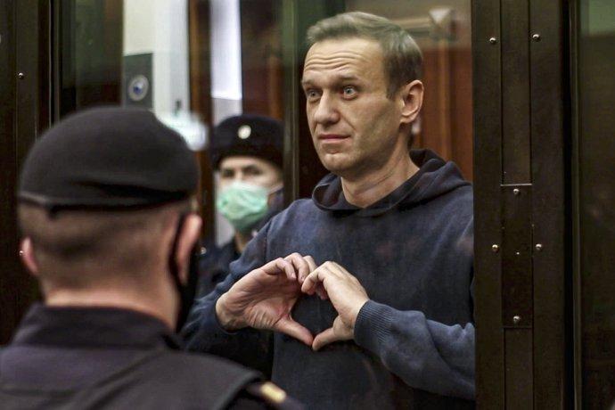 Alexej Navaľnyj počas procesu. Foto - TASR/AP