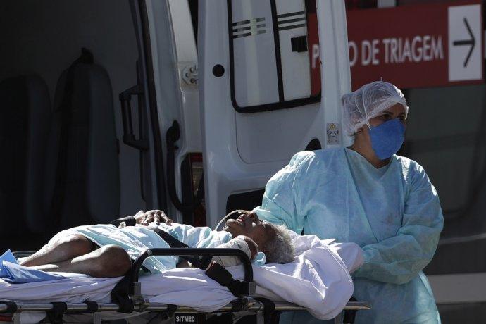 Brazília zápasí so silnou vlnou koronavírusu. Foto: TASR/AP