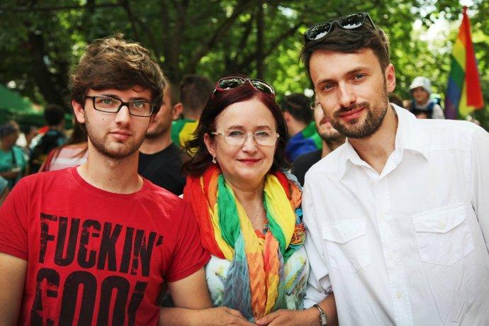 Elena Martinčoková so synom Dušanom a jeho manželom Michalom. Foto - archív E. M.
