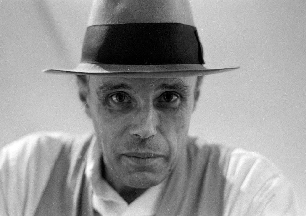 Joseph Beuys v roku 1975. Foto - Caroline Tisdall