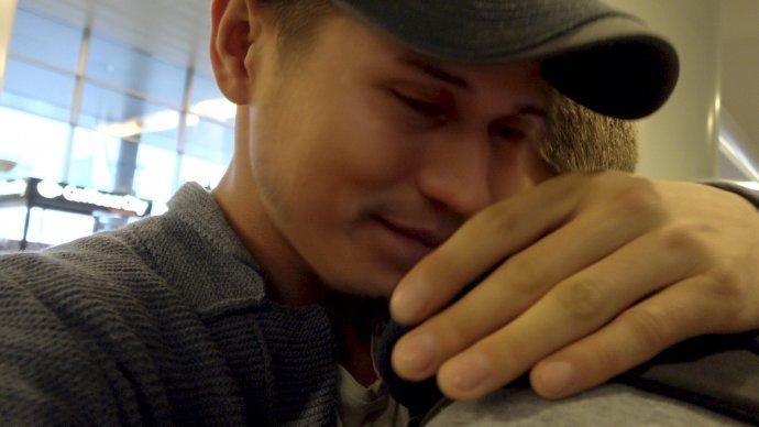 Pre čečenských gayov je útek z Ruska často jediným spôsobom, ako si zachrániť život. Foto – Welcome to Chechnya