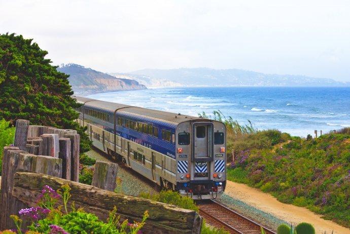 Americká železničná sieť Amtrak oslavuje 50 rokov. Foto – Unsplash/Hari Paniker
