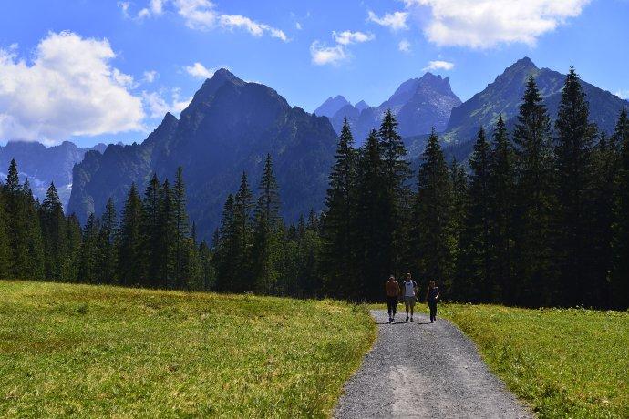 Bielovodská dolina vo Vysokých Tatrách pri hraniciach Slovenska s Poľskom je jednou z najkrajších dolín Tatier. Ilustračné foto - TASR/AP