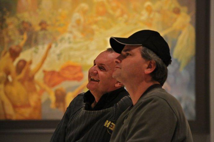 Režisér Jana Gogola ml. s Jožom Rážom v Národnej galérii v Prahe. Foto - Ladislav Cmíral