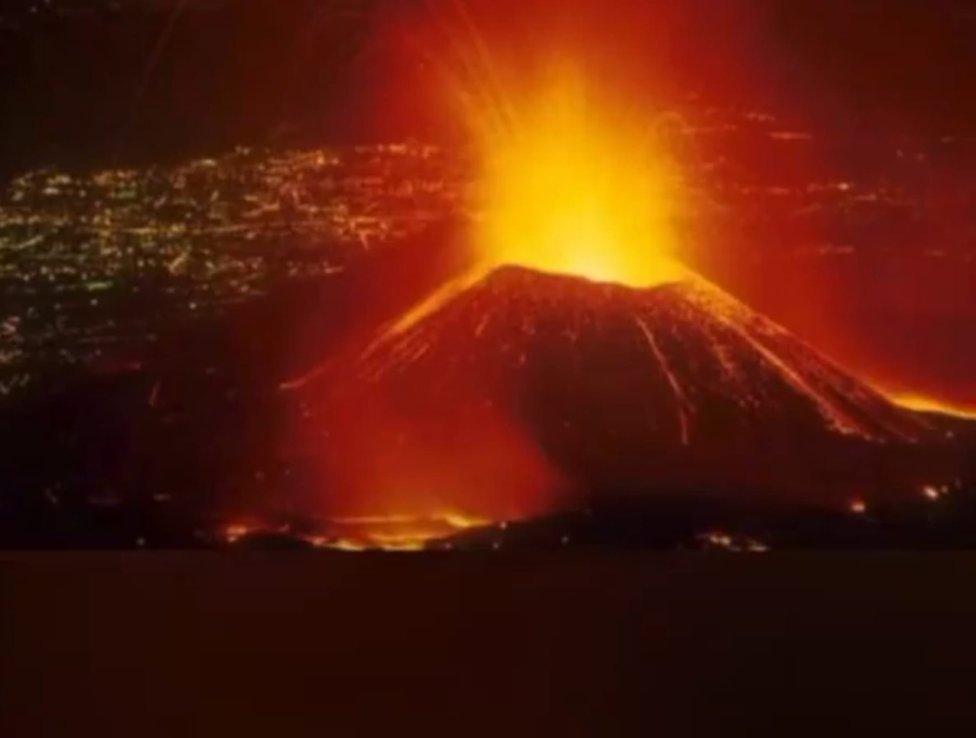 Erupcia sopky Nyiragongo z 22. mája. Foto – TASR/AP