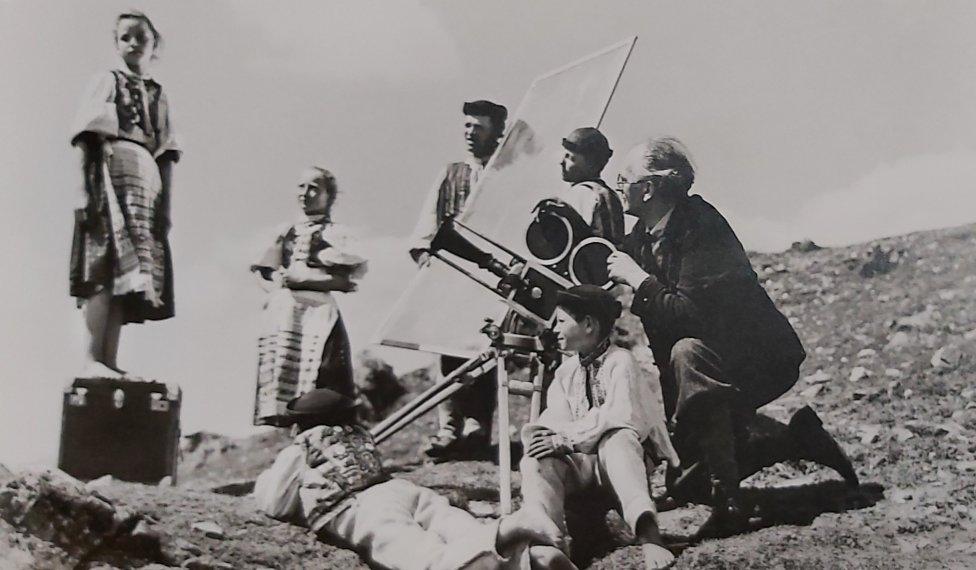 Karol Plicka pri nakrúcaní v roku 1931. Foto – Archív Etnografického múzea SNM v Martine