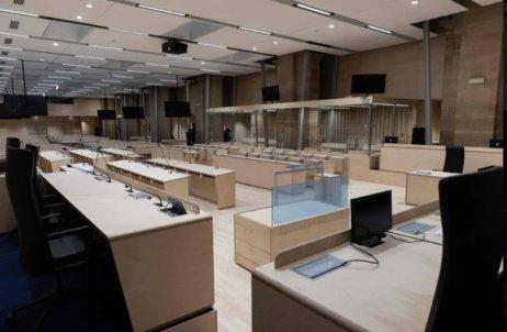 Špeciálna súdna sieň na proces s atentátnikmi z Paríža z roku 2015. Foto – Ouest/AFP