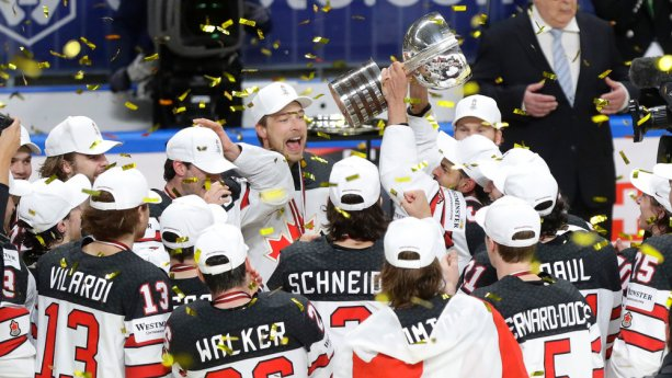 Z bábrákov nakoniec šampióni. Kanadská radosť z titulu majstrov sveta/ Zdroj: sportnet.sme.sk