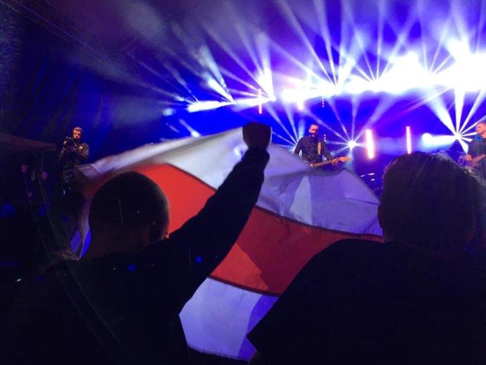 Na festival bolo vidieť vlajky demokratického Bieloruska. Foto - autor