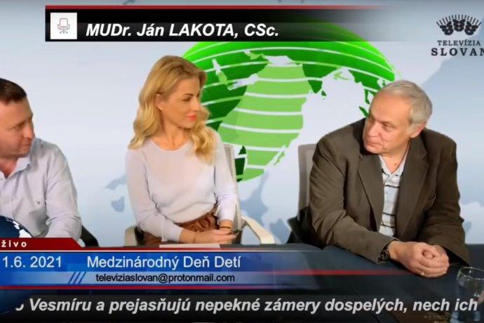 Lekár a pracovník Biomedicínskeho centra SAV Ján Lakota (vpravo) si porozumel aj s exposlankyňou Martinou Šimkovičovou v televízii Slovan.