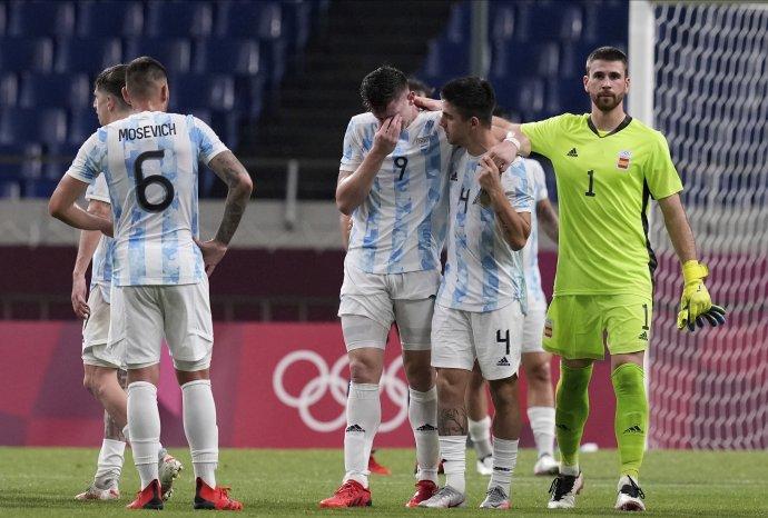 Argentína nezavolala na turnaj žiadnu zo svojich hviezd, aj preto namiesto nej postúpil do štvrťfinále Egypt. FOTO TASR/AP