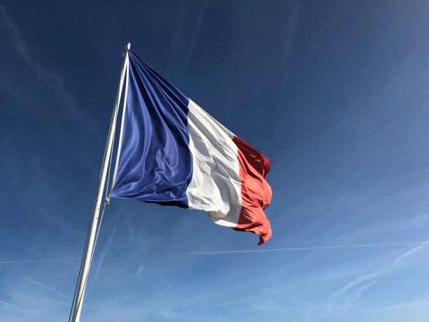 francuzsko-vlajka-doucovanie