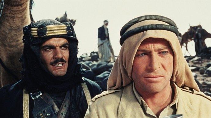 Sherif Ali (Omar Sharif) a T. E. Lawrence (Peter O'Toole). Záber z filmu Lawrence z Arábie z roku 1962. Foto - Sony Pictures Home Entertainment