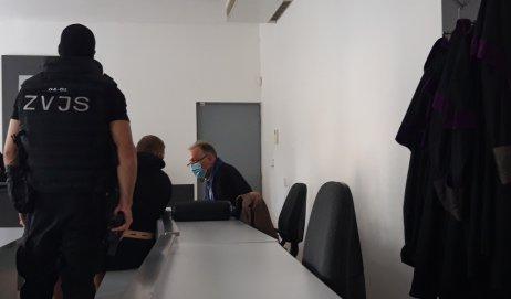 Csaba Dömötör na súde pred rozhodnutím o dohode o vine a treste. Foto – N