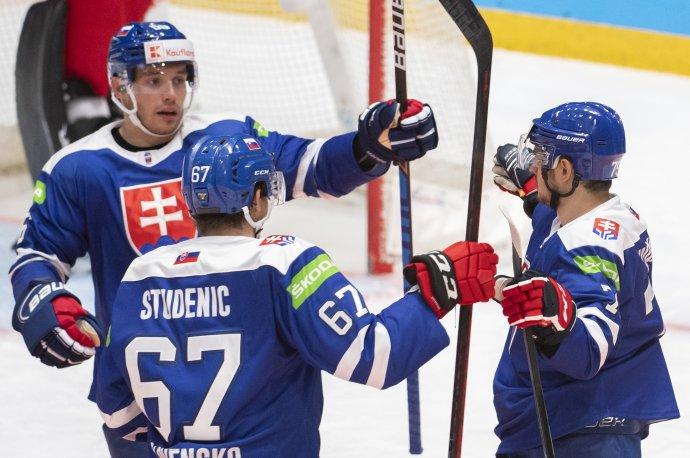 Radosť slovenských hokejistov. Foto TASR - Martin Baumann