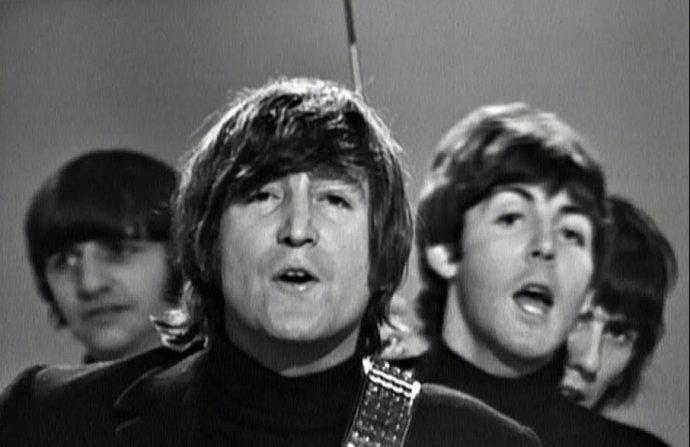 The Beatles. Záber z videa ku skladbe »Help!«