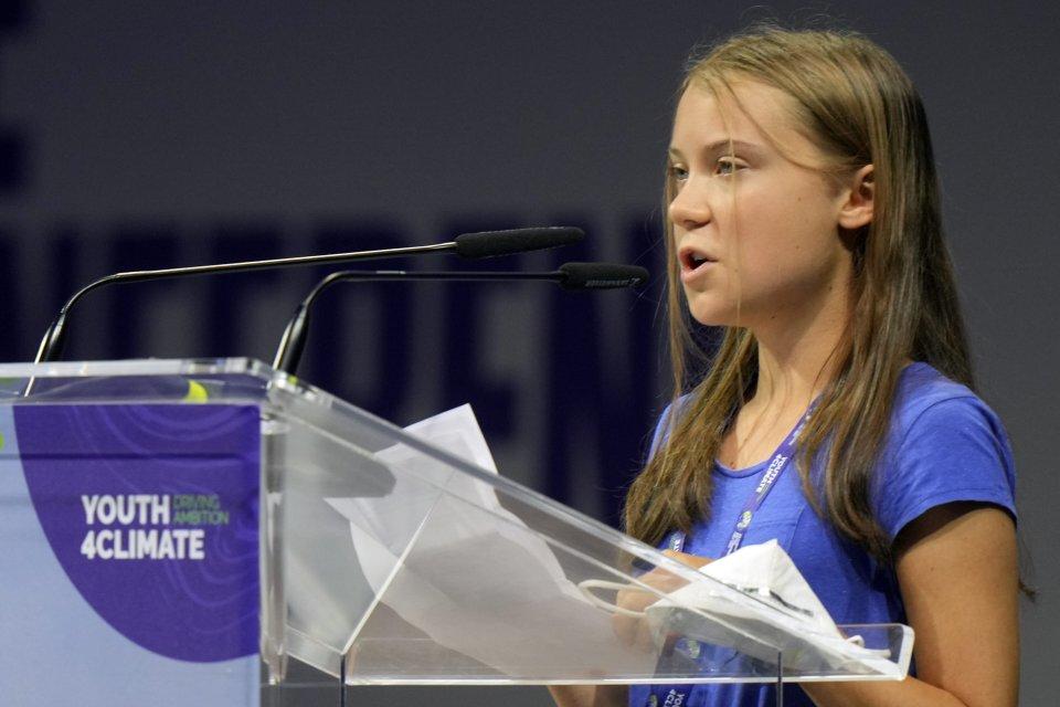 Greta Thunbergová reční na akcii Youth4Climate v Miláne. Foto - TASR/AP