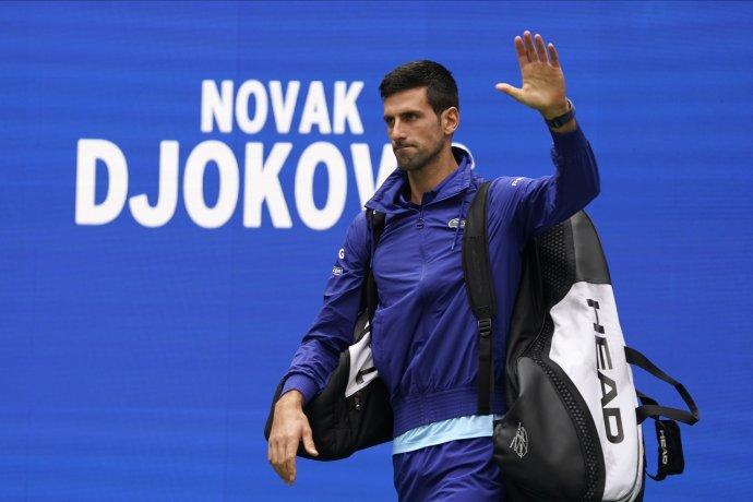 Novak Djoković už prišiel na kurt s tým, že je pod obrovským tlakom. Foto - TASR/AP