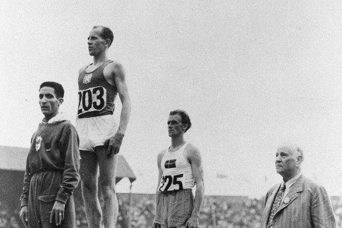 Emil Zátopek pri zisku svojho prvého olympijského zlata na hrách v Londýne 48. Foto – TASR/AP