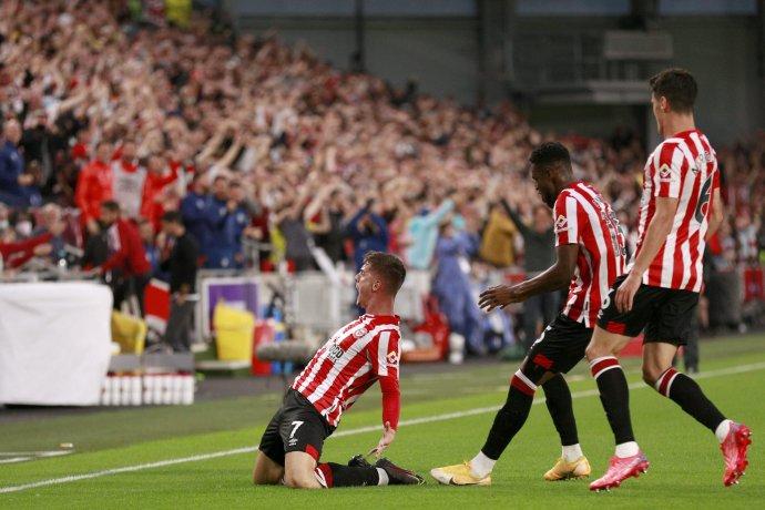 Brentford v 1. kole Premier League zdolal Arsenal. Foto - TASR/AP
