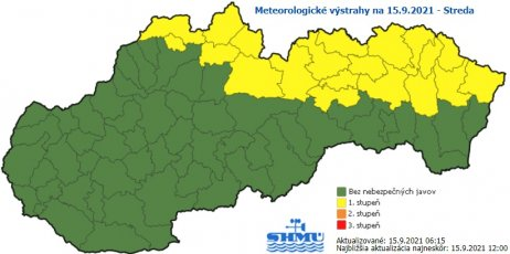 Na severovýchode Slovenska platia výstrahy pred rannou hmlou. Zdroj – SHMÚ