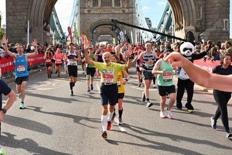 Ján Hazucha (v strede) počas MS veteránov v maratóne. Foto – archív Jána Hazuchu