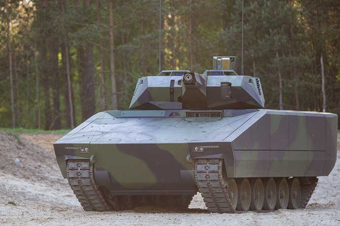 Medzi slovenskými firmami sa rozhliada napríklad nemecký Rheinmetall, ktorý vyrába vozidlo Lynx. Foto – RM