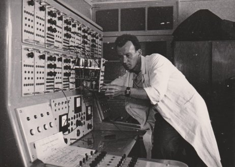 Konštruktér Ivan Plander. Zdroj – Múzeum počítačov CSČ SAV