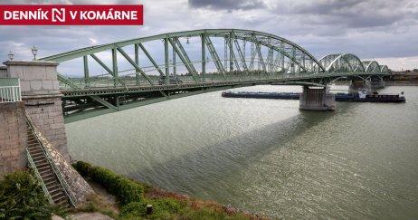 Alžbetin most medzi Komárnom a Komáromom. Foto N – Tomáš Benedikovič