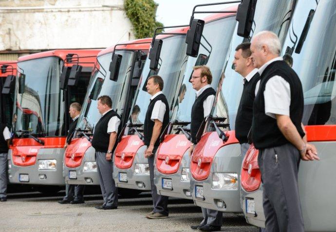 Od polovice novembra preberá prímestskú dopravu v Bratislavskom kraji spoločnosť Arriva, ktorá je najväčším dopravcom na Slovensku. Ilustračné foto - TASR